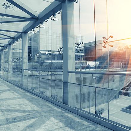 Fassade glas  Glas & Profile für Ihre Fassade | Bauelemente Ristok - Wir bauen ...